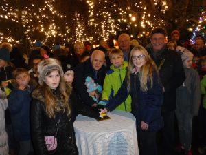 Lanchester Xmas lights 2016